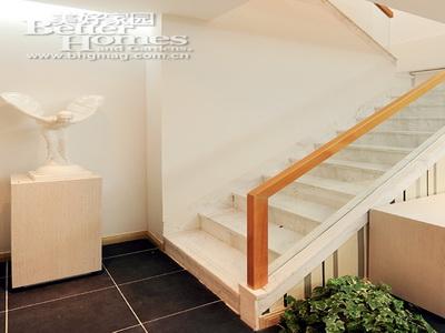 玻璃楼梯扶手图片>,玻璃楼梯扶手制作哪里有?